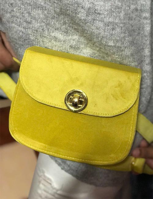 Velvet belt bag with lock