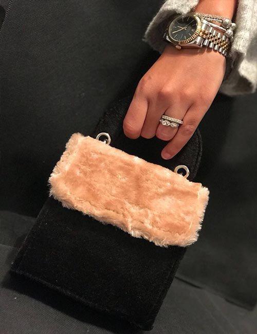 Mini fur in velvet cross bag