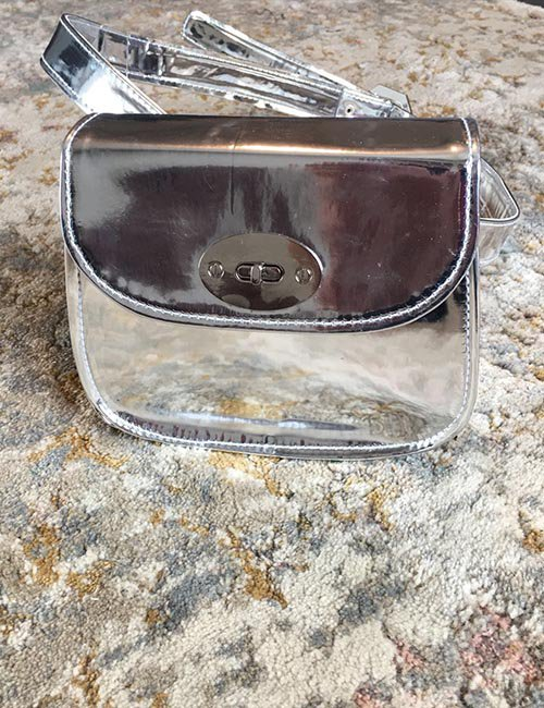 Mirror belt bag with lock