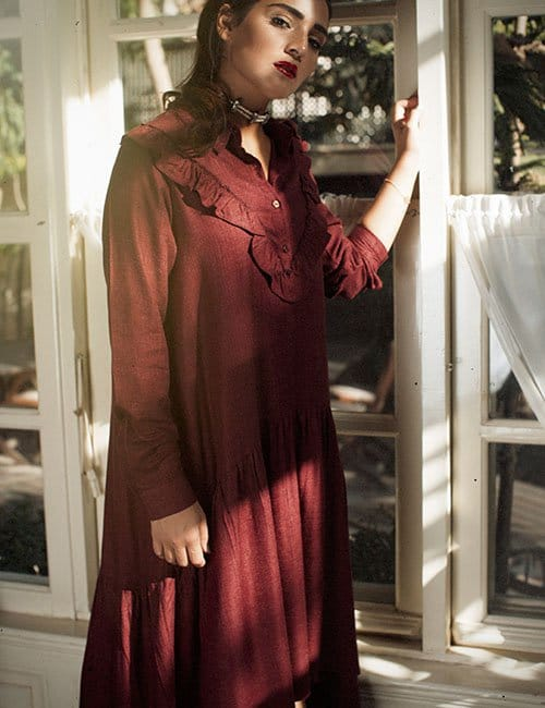 1966 Bib Collar Ruffle Dress wine