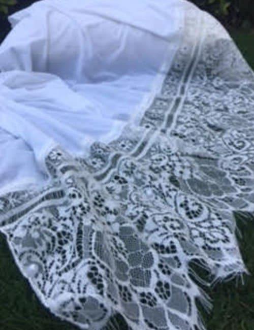 White scarve