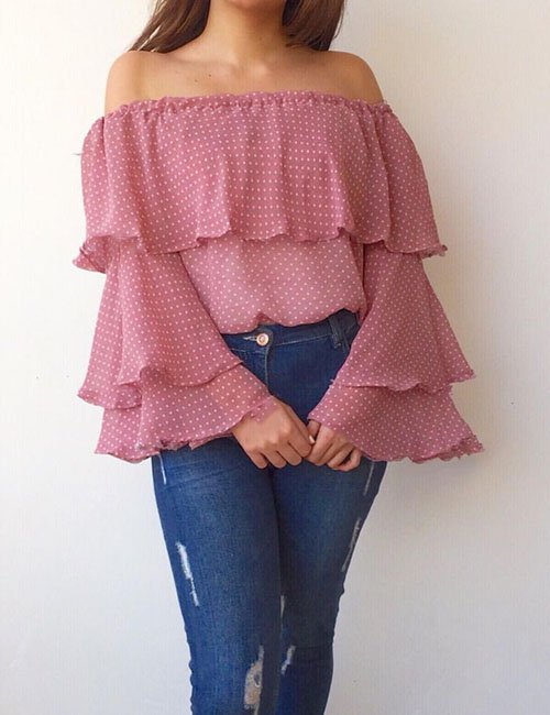 Ruffle Pointed blouse