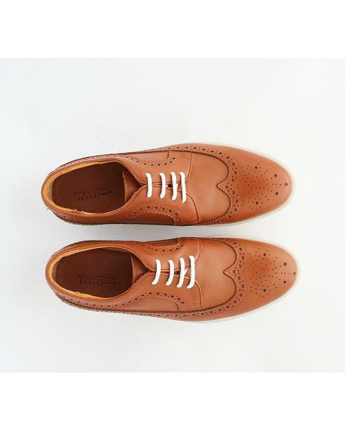 BROWN WINGTIP