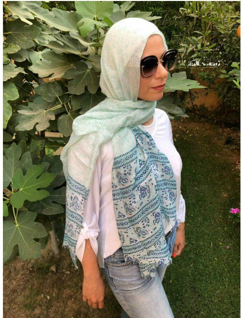 Lovely branches scarves collection