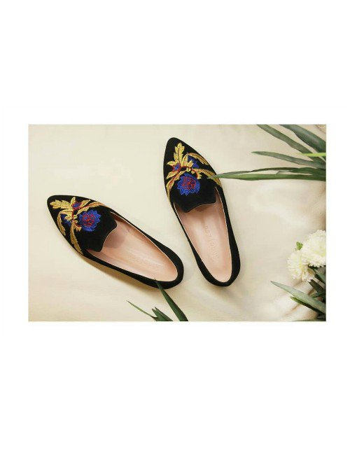 EMBROIDERED POINTED TOE LOAFERS