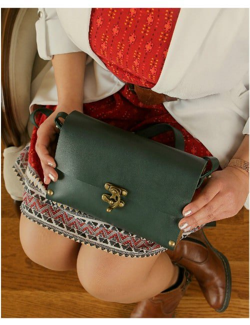 LEATHER WOODEN CLUTCH
