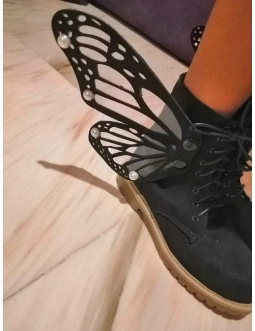 Butterfly black boot