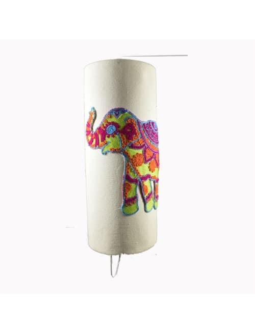 اباجورة فيل