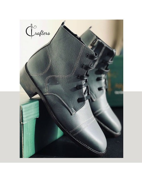 DOUBLE STICHED CAP TOE ZIPPER BOOTS
