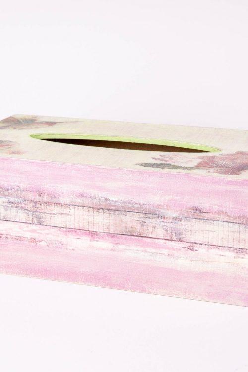 Wooden tissue box By Dalia ragga