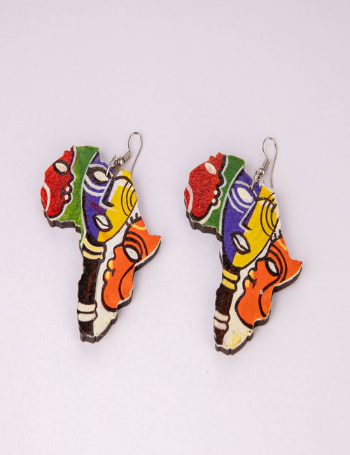Wooden earring By Fatma Soliman Ahmed