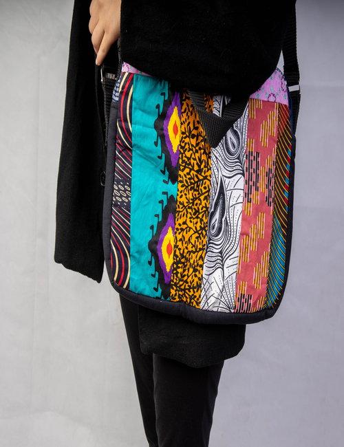 Computer bag   By Mona Kenyi